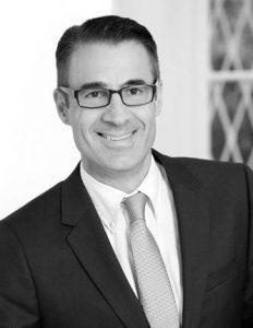 Enrique Tortell Rechtsanwalt